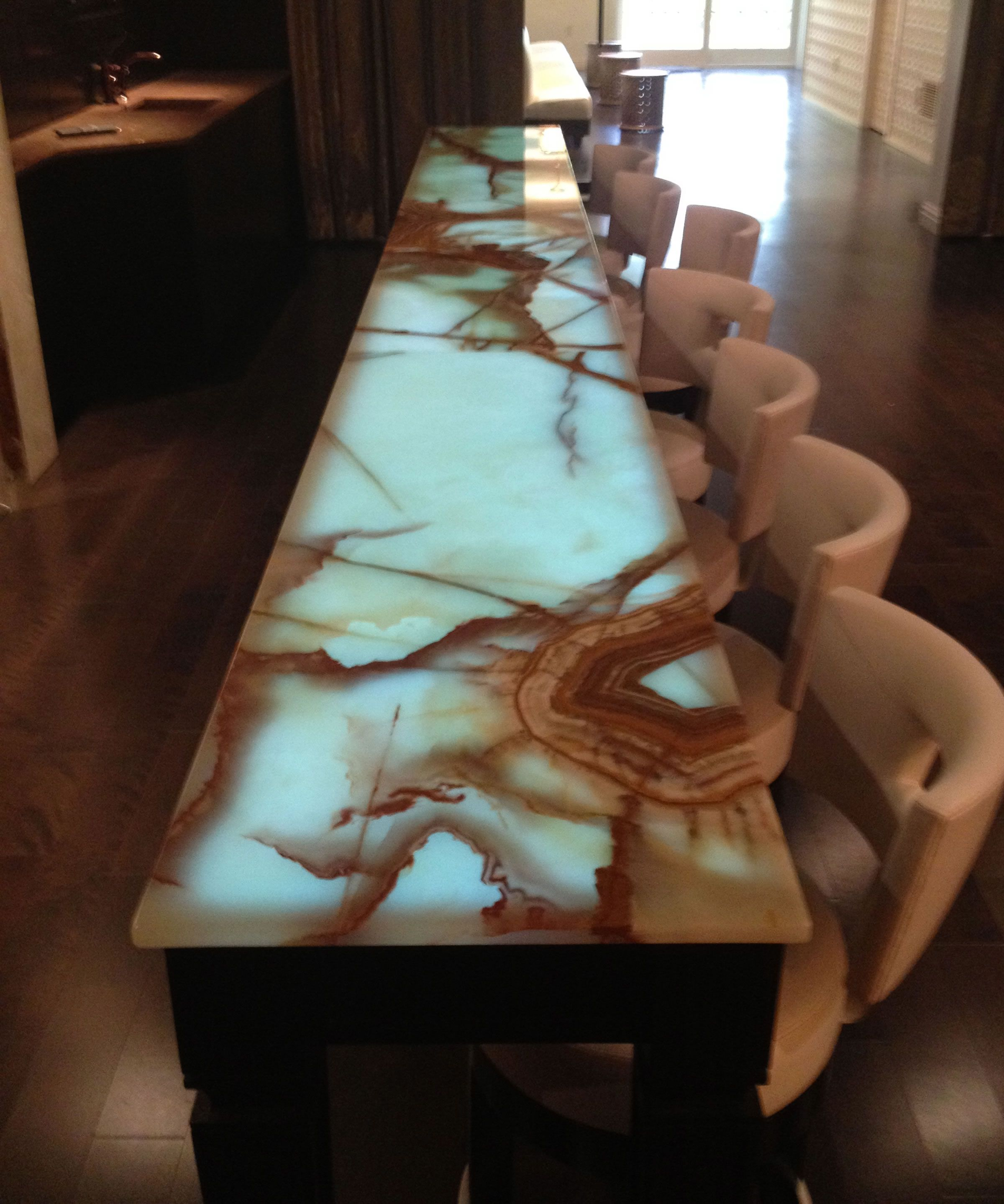 Onyx Table top Bar- Incredible! @maxeyhayse | Interiors We Love ...