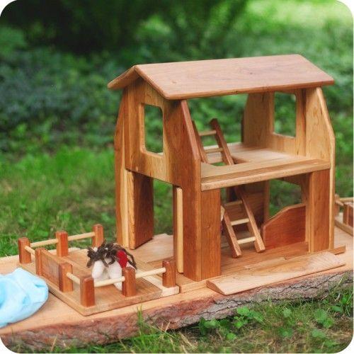 Wooden Farmhouse Barn Palumba