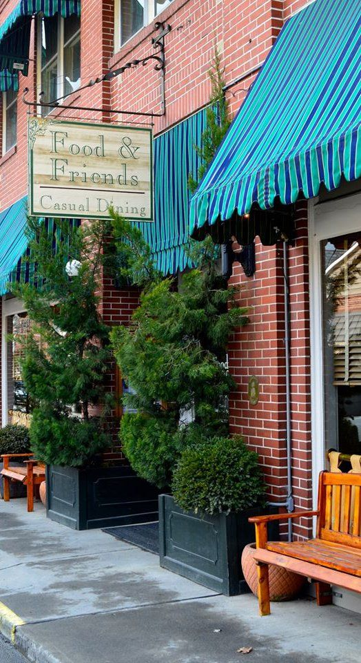 Lewisburg Wv Food Friends Serves American Cuisine Specializing