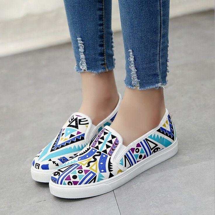 Tendance Chaussures 2017/ 2018 : Yeni Zapatos Mujer Loafers Shoes Kadın  İlkbahar Sonbahar Stil Moda Graffiti Fl... - Vogue Tunisie   Maroc    Algérie ...