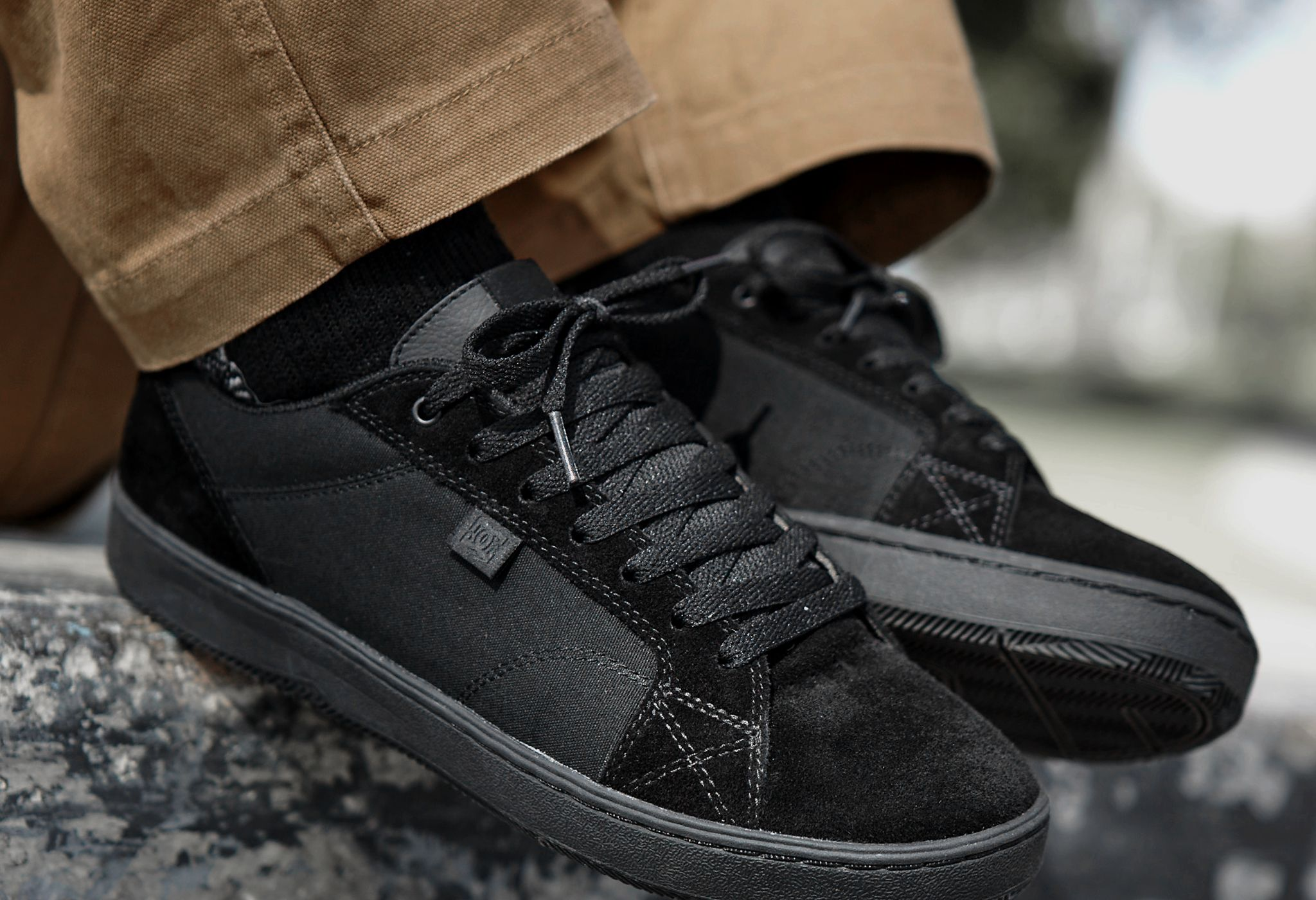 DC Mens Astor Skateboarding Shoe