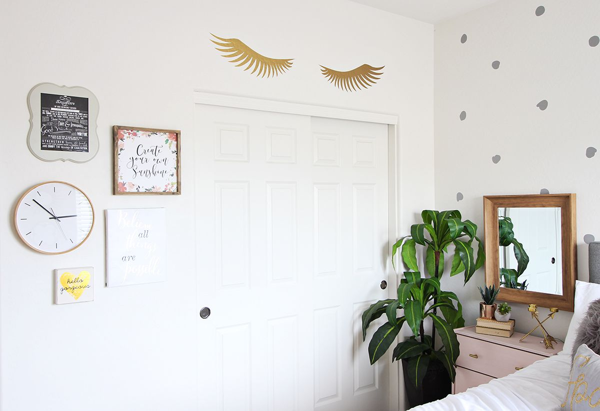 teen room makeover ideas wwwclassyclutternet love the combo of grey and blush pink with the metallic gold those pink nightstands are so cute