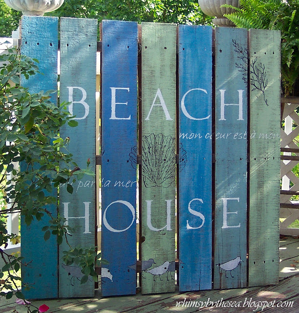 Coastal Charm:  DIY-Pallet Art  As I look out at my front yard/construction site and see all those dirty pallets ... I imagine all those great pallet projects I've seen on Pinterest.