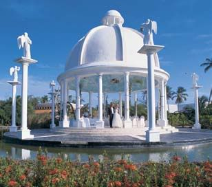 Beach Wedding Not Your Style The Melia Caribe Tropical