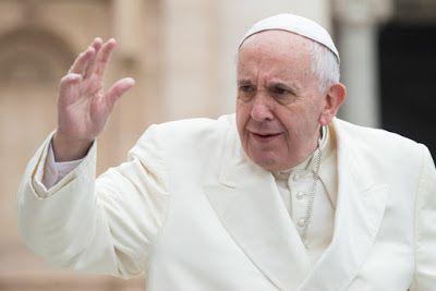 """::+:: Attention aux faux discours du Pape ! - Le """"Sismografo"""" répond à de nombreux e-mails mettant en cause l'authenticité d'un texte attribué au Pape durant le synode sur la famille et circulant sur Internet."""