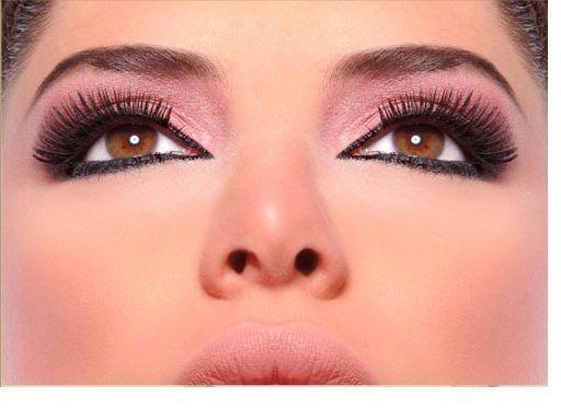 طرق وضع مكياج العيون العسلية Pink Eyeshadow Nose Ring Eyeshadow
