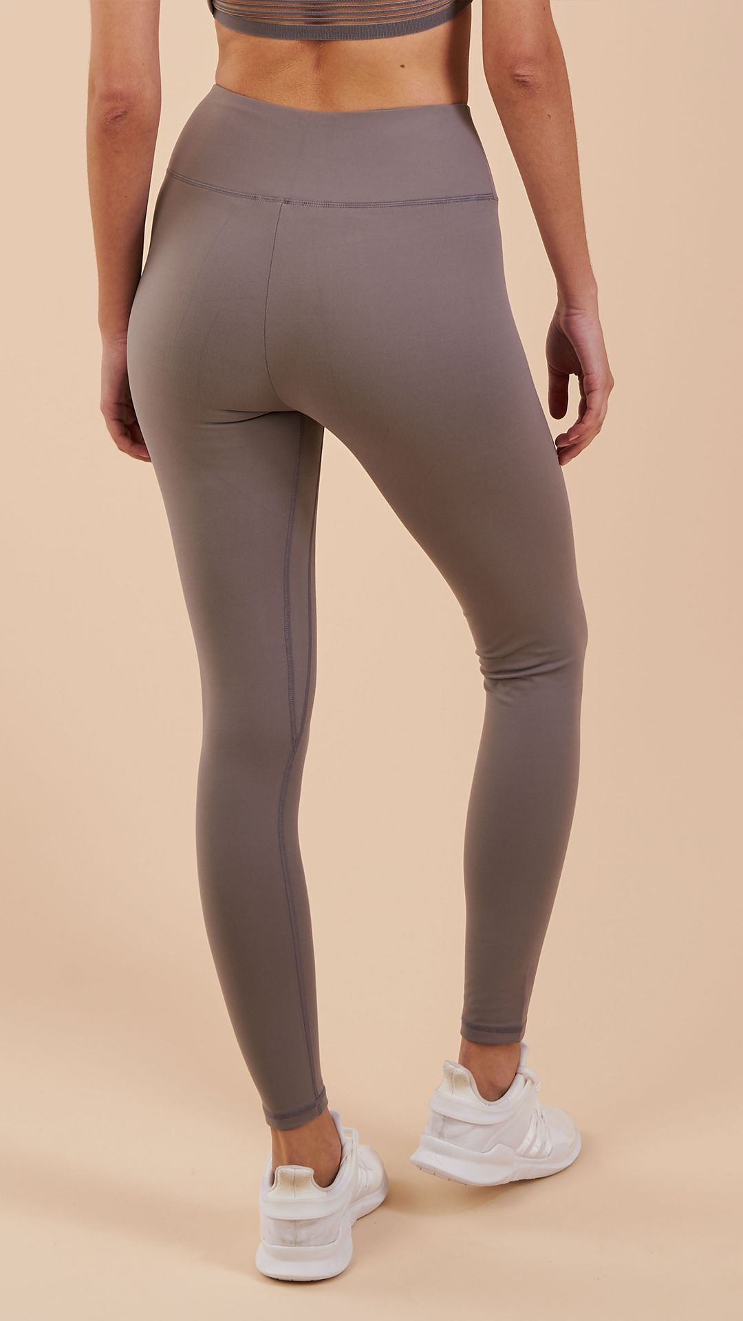 341465ca74b376 The Gymshark Dreamy Legging's are back in new colourways. With a high waist  fit, concealed pocket along the waistband, and beautifully soft material  blend, ...