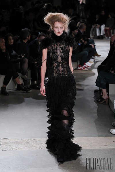 Alexander McQueen Fall-winter 2015-2016 - Ready-to-Wear