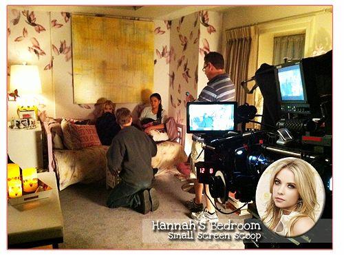 Hanna Marin's Bedroom Wallpaper on Pretty Little Liars ...