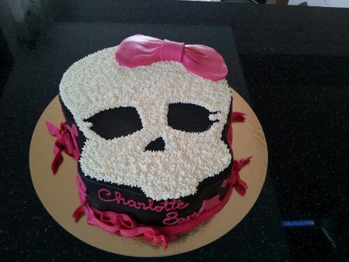 Monster High Birthday Cake Monster high birthday cake Monster