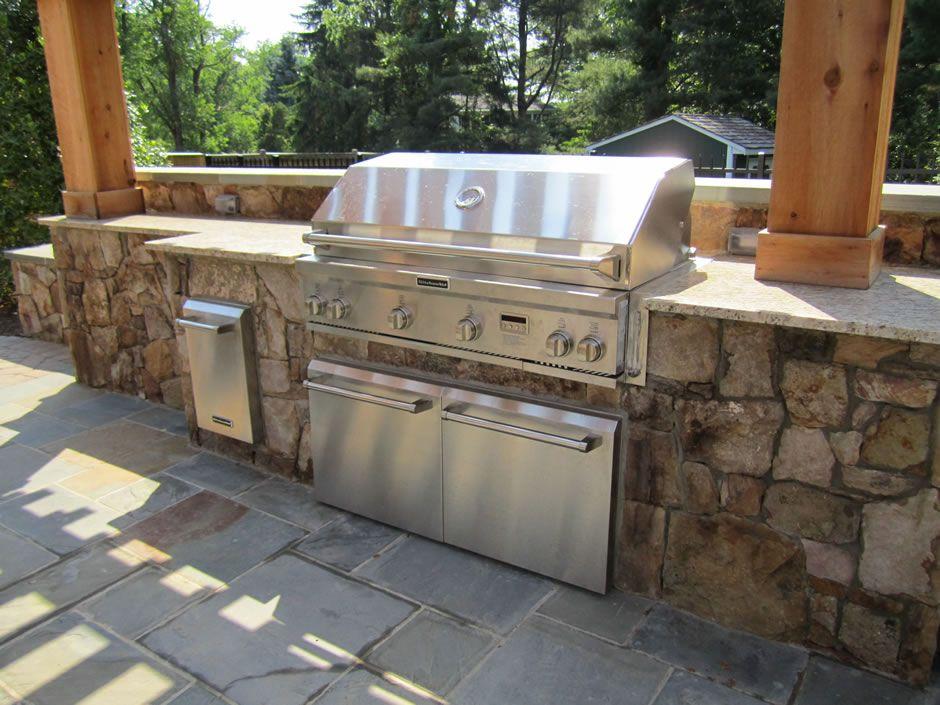 Kitchenaid Stone Island 9 Burner Grill In 2021 Outdoor Kitchen Plans Outdoor Grill Island Backyard Kitchen