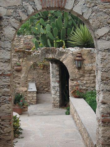México Gto Mineral De Pozos Posada De Las Minas Mexican Hacienda Spanish Style Spanish Style Home