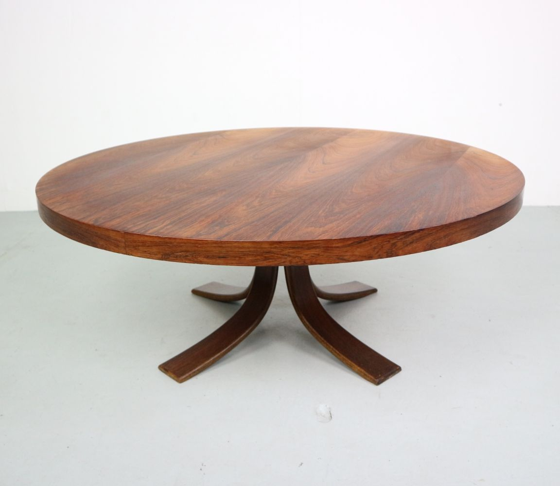 For Sale Mid Century Rosewood Coffee Table Coffee Table Table Table Design [ 1000 x 1152 Pixel ]
