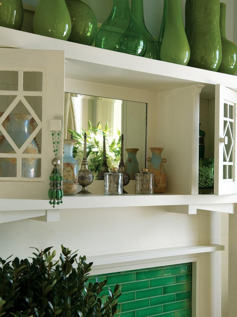 Decorating With Emerald Green - Green Decorating Ideas   HGTV