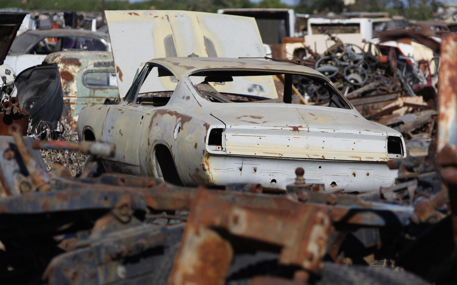 junkyard-vintage-cars-turners-auto-wrecking-fresno-california-175 ...