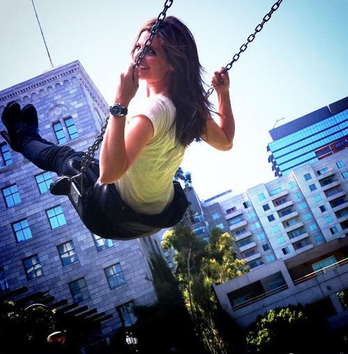 Stana Katic and the swing ❤