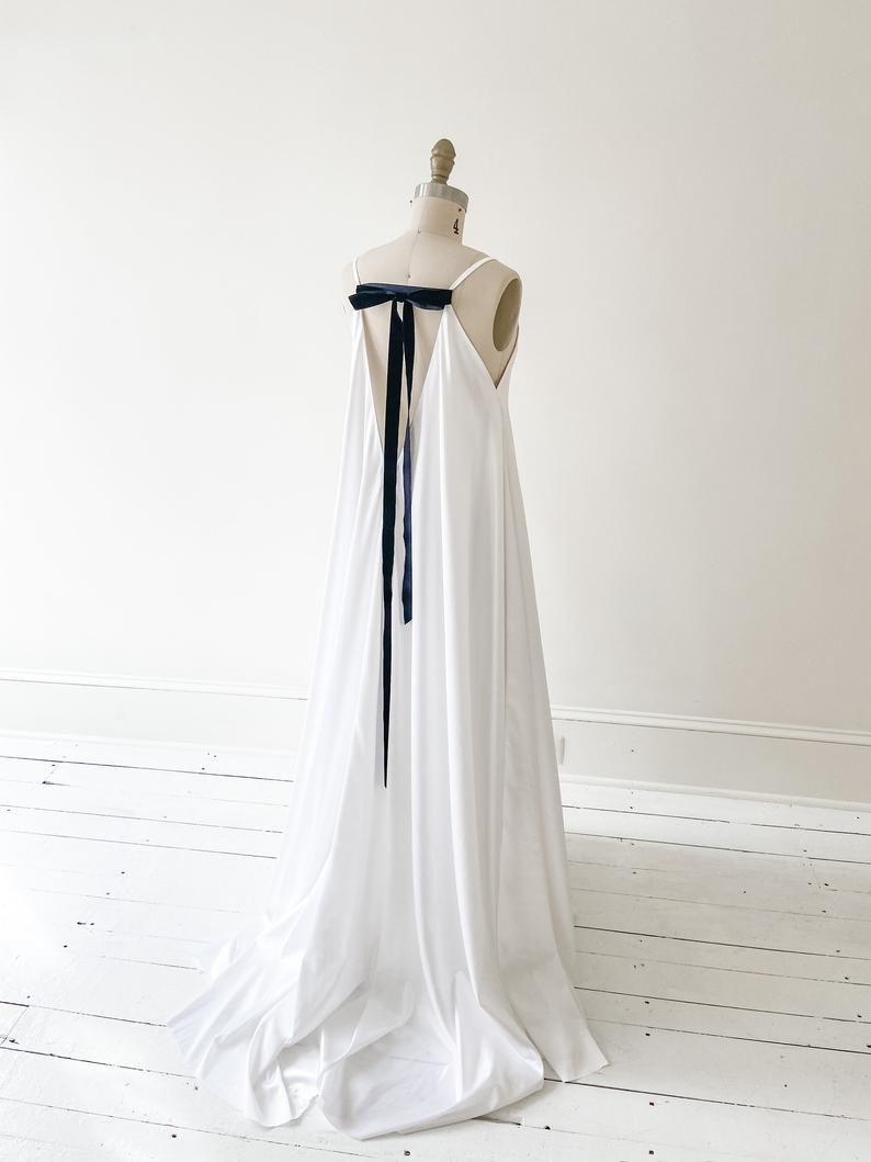 Lena Gown Boho Wedding Dress Simple Wedding Dress Etsy In 2020 Etsy Wedding Dress Comfortable Wedding Dress Wedding Dress With Pockets