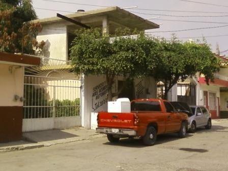 Casa con hermosos acabadoen madera centro de manzanillo for Muebles aldama