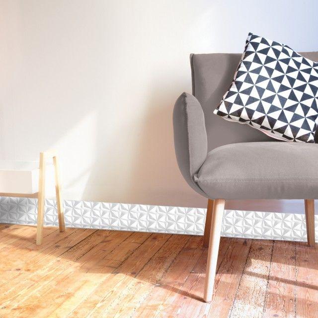 Plinthe Decorative En Pvc Facile A Decouper Et A Poser Motif Origami Blanc Plinthe Pvc Decoration Maison Et Style Blanc
