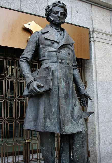 Marqués Viudo de Pontejos. Plaza de las Descalzas. Madrid by Carlos Viñas, via Flickr