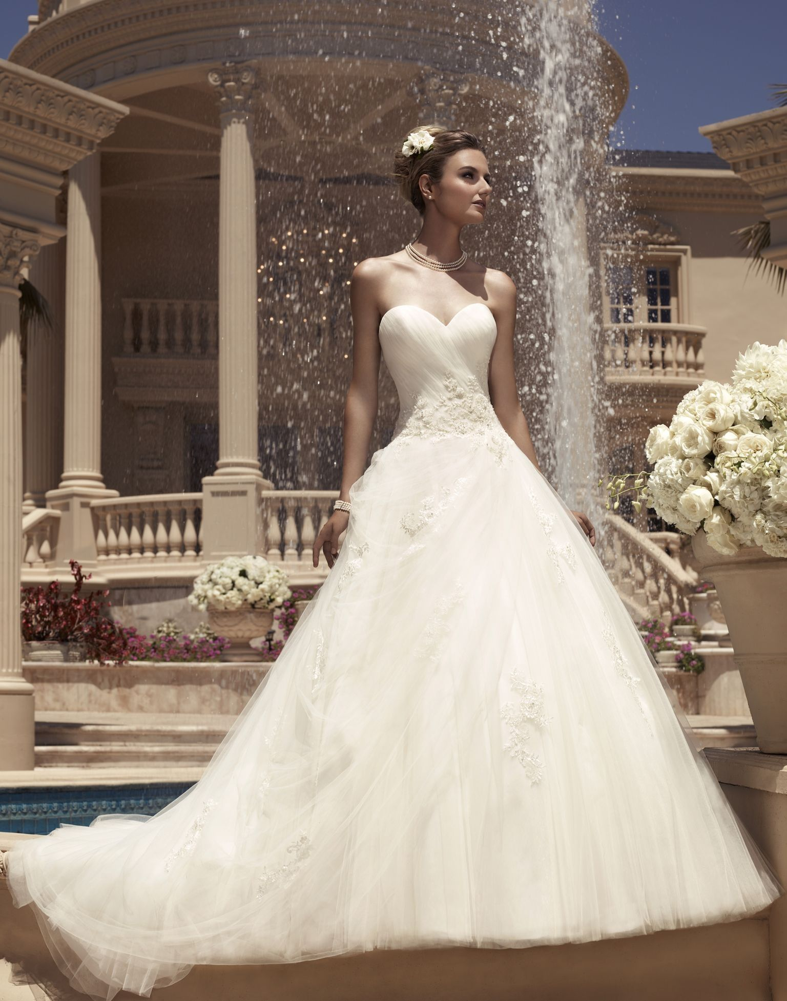 Casablanca Bridal Style 2112 Sweetheart wedding dress