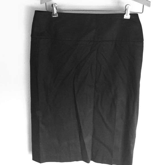 Black banana republic skirt This is a black banana republic factory store skirt. Size 4. Back zipper excellent condition. Comes pass the knee. Banana Republic Skirts