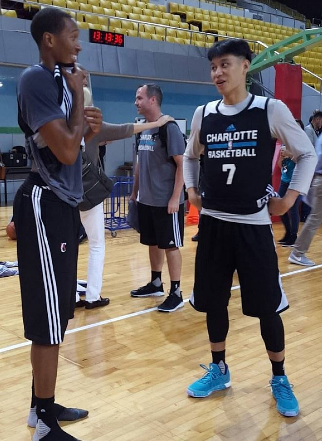 Jeremy Lin new haircut interests all including Wes Johnson at 2015   NBAGlobalGames in Shenzen d9402644e