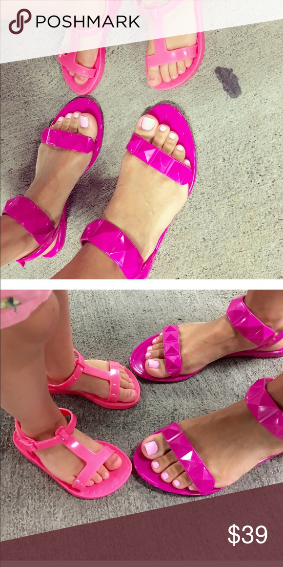 869aee8df148 Rebecca Minkoff jelly sandals Worn only a few times. Excellent condition.  Rebecca Minkoff Shoes Sandals