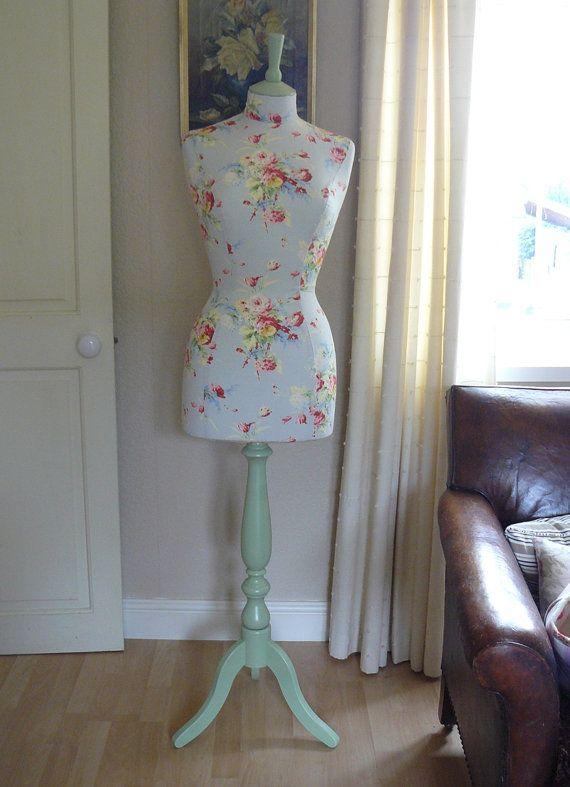 A todas las mujeres nos encantaría tener un vestidor maravilloso - bao vestidor