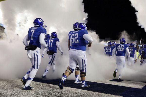 Toledo, Kentucky schedule 2019 | Football helmets, Uk ...