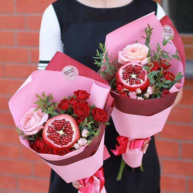 Nu Ka Navskidku Ledi Kakoj Samyj Neobychnyj Kompliment V Zhizni Vy Poluchali Pytalis Vspomnit Izyskanny Food Bouquet Fruit Bouquet Ideas Flower Box Gift