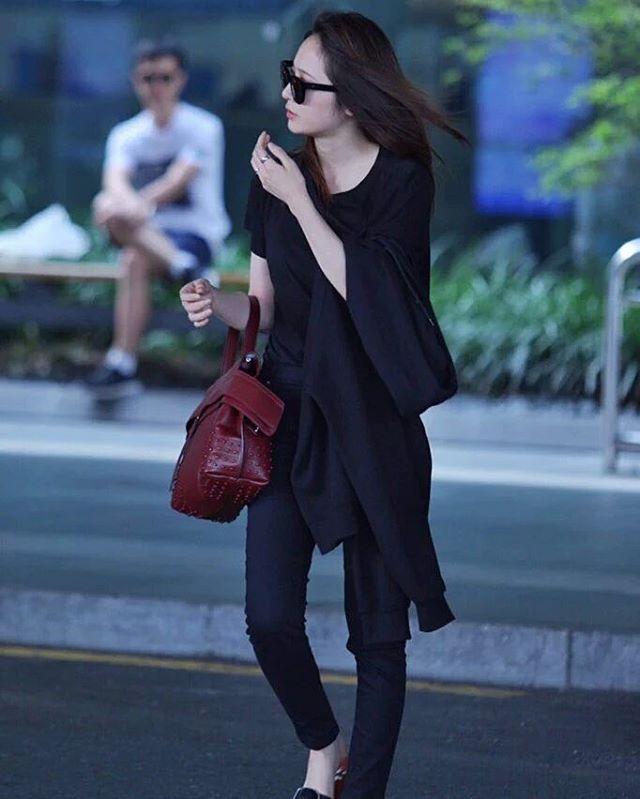 KRYSTAL · Incheon Airport #krys #krystal #krystalfx #soojungie #soojung #soojungfx #jungsoojung #krystaljung #fx #MeU
