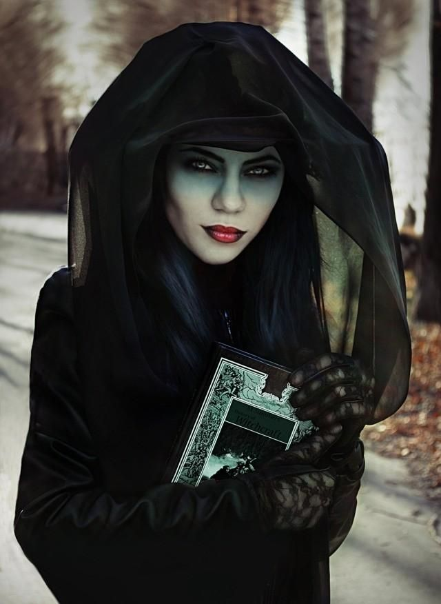 witch costume and makeup ideas