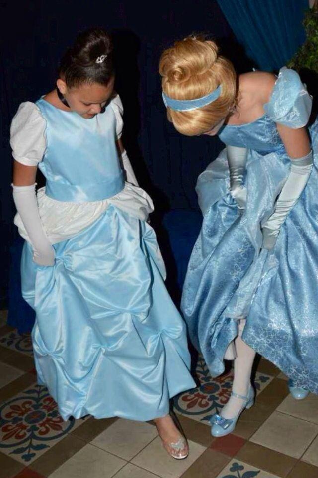 Show Cinderella YOUR glass slipper! Cinderella's Royal Table in Magic Kingdom