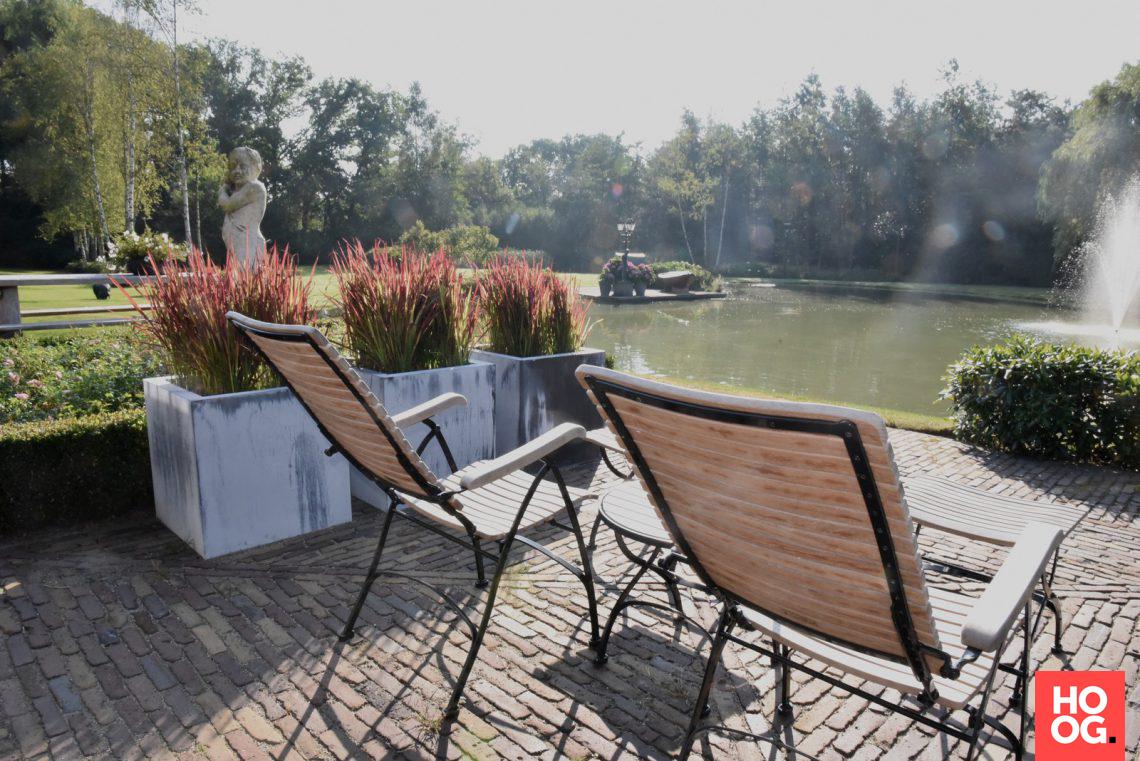 Groenseizoen tuinen ontwerpstudio gezellige boerderijtuin