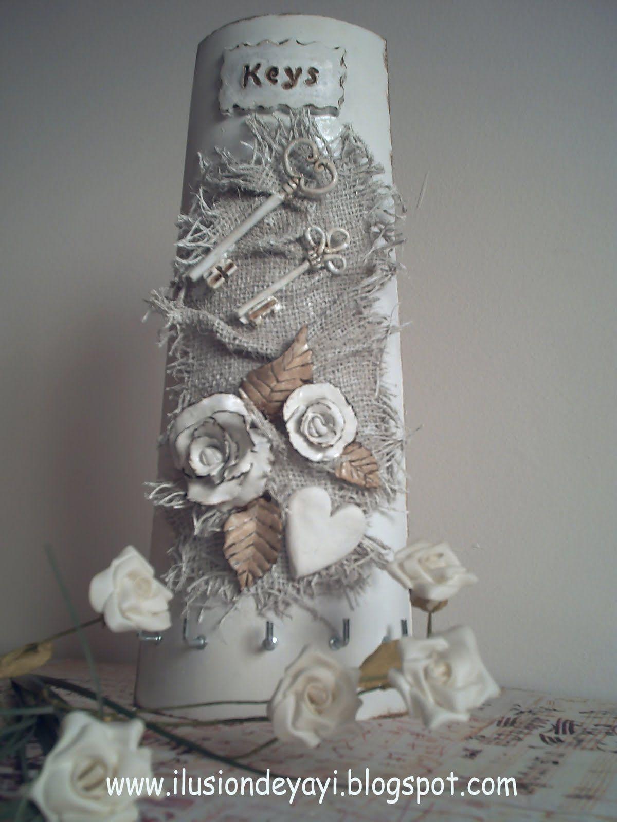 Teja para colgar llaves tejas decoradas pinterest cajas cer mica y miniaturas - Para colgar llaves ...