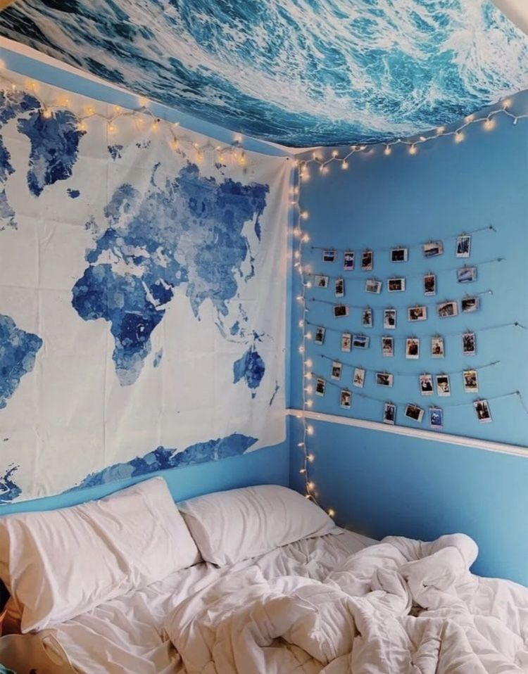 Girl Traveler Tapestry In 2020 With Images Dorm Room Decor