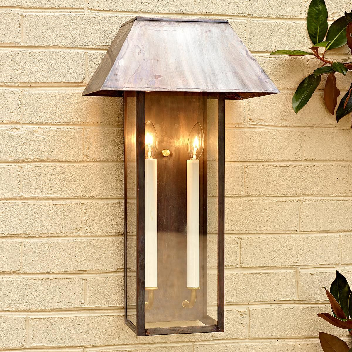 Outdoor Lighting For Beach House: Modern Tower Outdoor Light