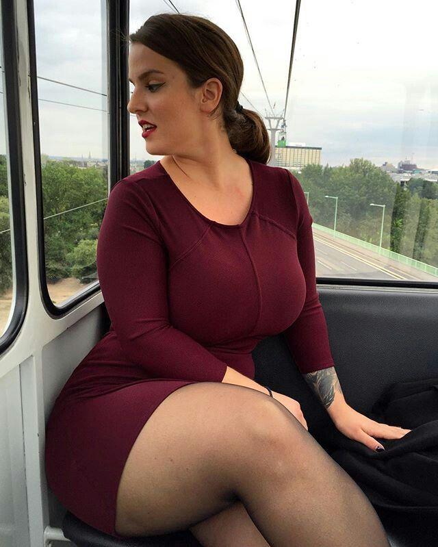 Deep vagina dildo