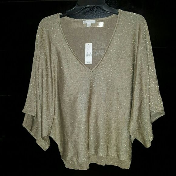 New York & company sweater top New York & company sweater top, nwt, never worn New York & Company Tops
