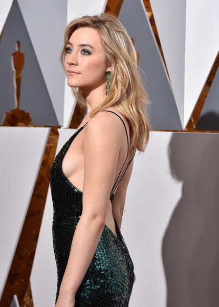 Saiorse Ronan Photos Photos: 88th Annual Academy Awards - Red Carpet Pictures #academyaward