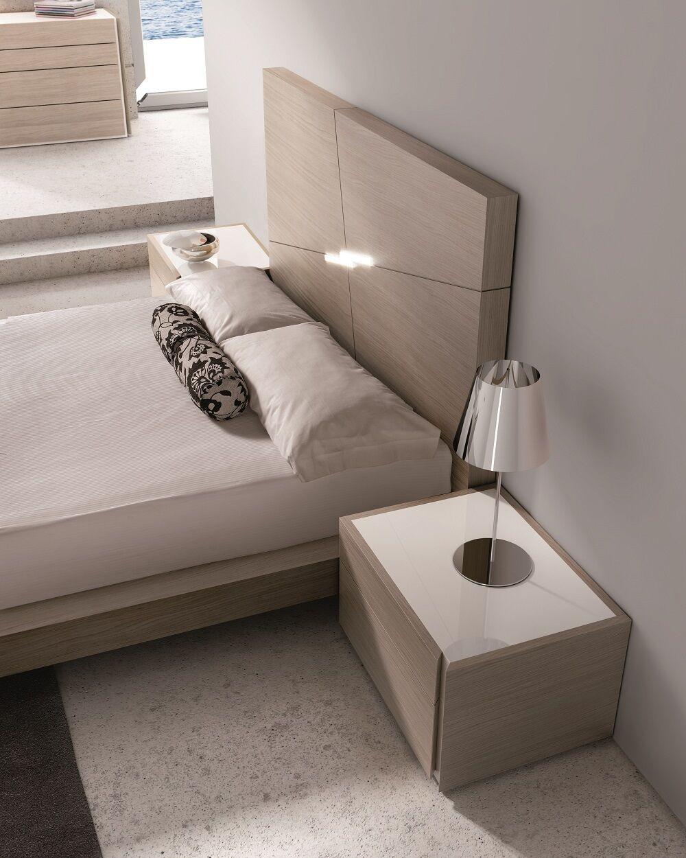 Evora Queen Size Bed 18145 J&M Modern Beds In 2020