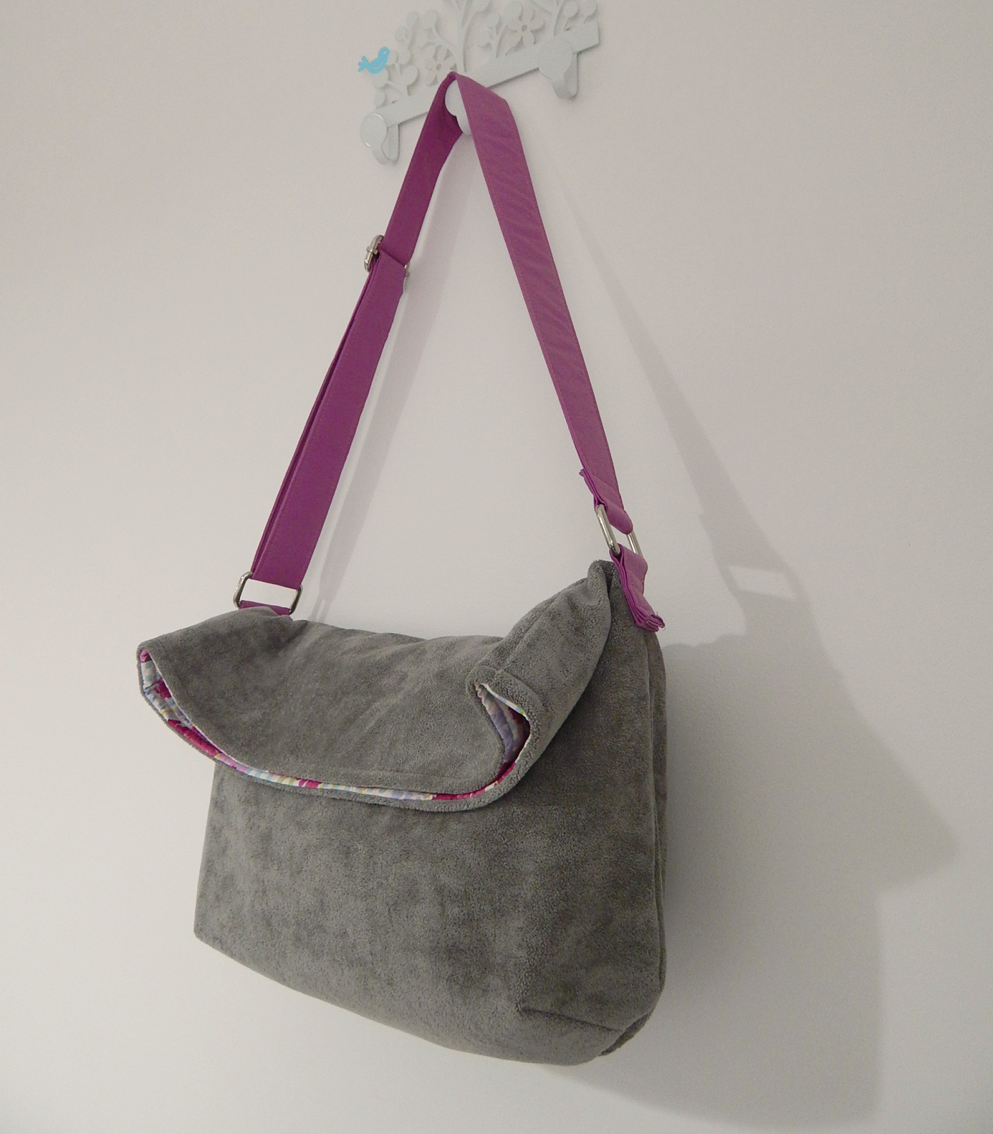 At home with Mrs H: The Super Simple Slouchy Sling Bag; Great ...