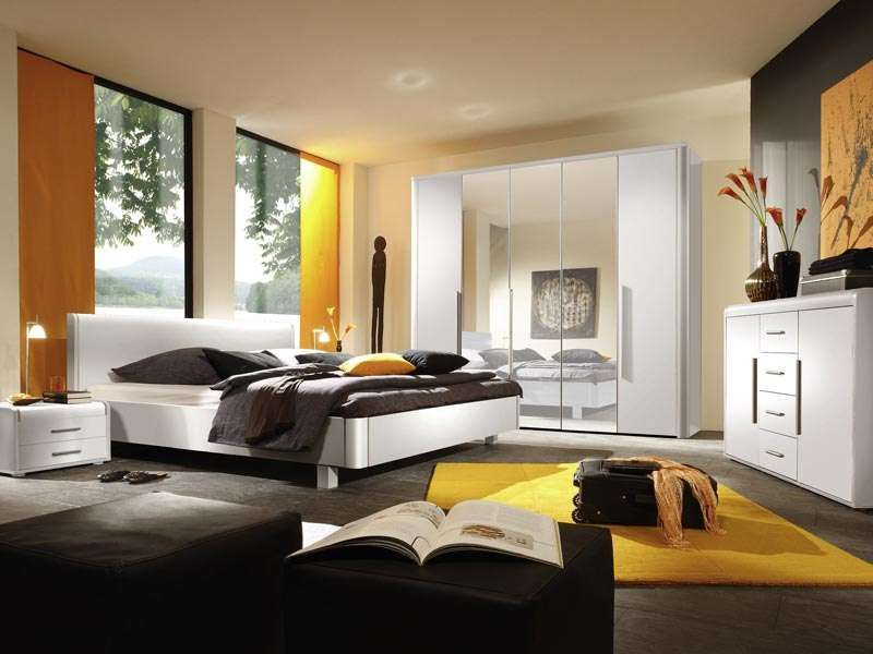 Elegance Complete Intens Colour Bedroom Interior Design And Style