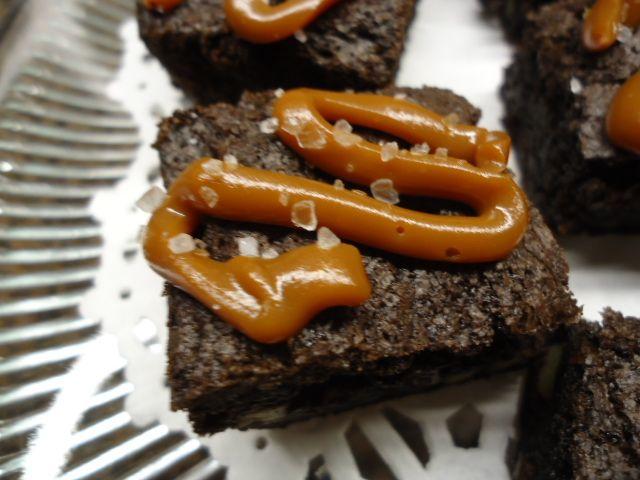 Close-up Hawaiian Sea Salted Caramel #Brownie
