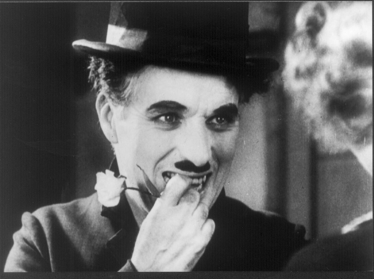 """Charles Chaplin. """"Luces de la ciudad"""".  Una de las escenas más bellas del cine clásico"""