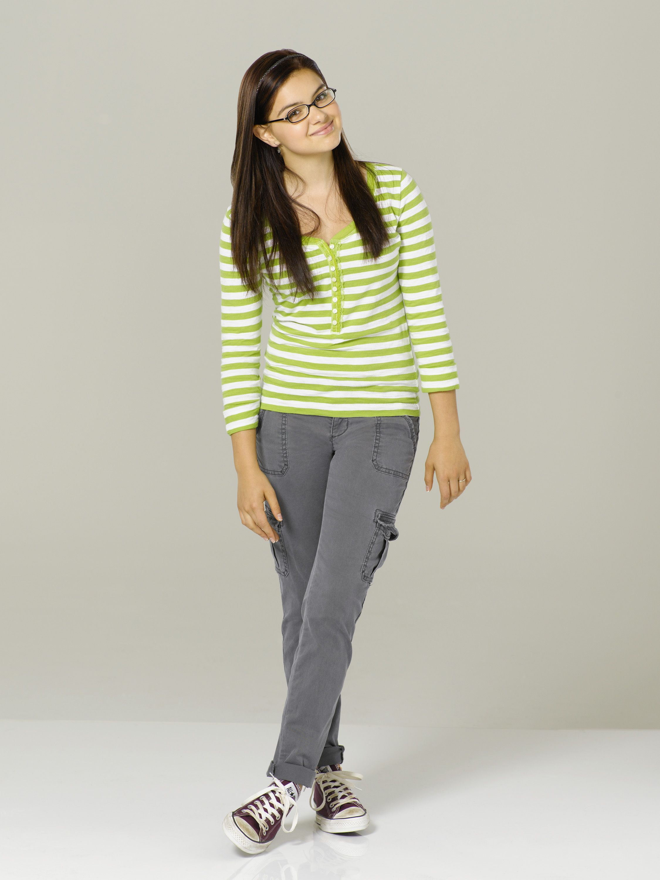 Modern Family Season 3 Promo Ariel Winter Modern Family Alex Modern Family