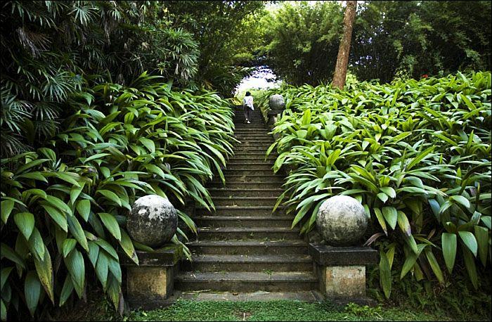 Brief Garden: A Hidden Paradise in Sri Lanka | Garden ...