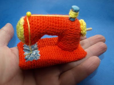 Tutorial Elfi Amigurumi : Elfi jo koninklijke naaimachine haken