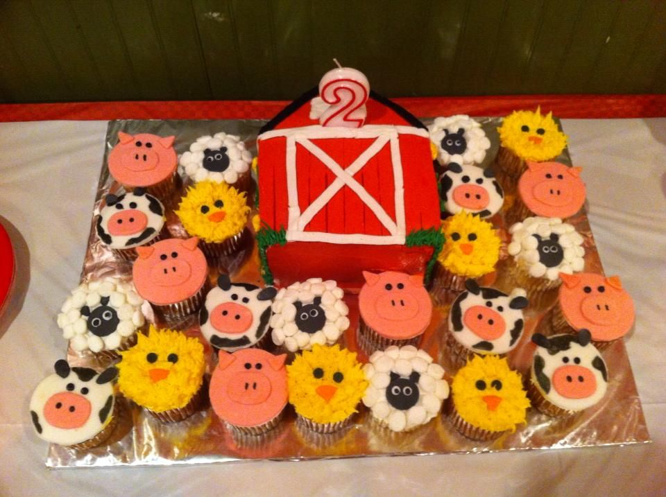 Barn Birthday Cake With Farm Animal Cupcakes Party And Shower